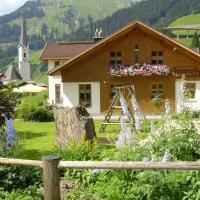 Hotel Pictures: Alpenappartement Elisabeth, Schröcken