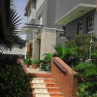 Denami Suites and Luxury Apartment