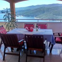 Hotel Pictures: Apartments Silmare, Rabac