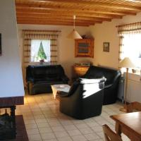 Hotel Pictures: Vacation House in Thalfang (# 9100), Thalfang