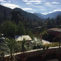 Hotel Pictures: Apartamento Camino a Farellones, Santiago