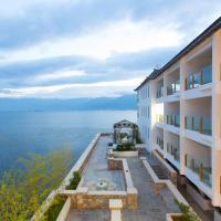 Hotel Pictures: Dali Sealily Erhai Peninsula Honeymoon Boutique Hotel, Dali