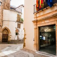 Hotel Pictures: Hospedería Palacio de la Iglesuela, La Iglesuela del Cid