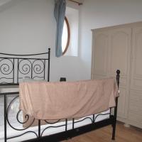 Hotel Pictures: Maison du pré fleuri, Villard-de-Lans