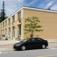 Hotel Pictures: Midtown Hotel, Parry Sound