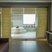 Wellness Suite with Spa Bath and Lake View