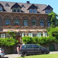 Hotel Pictures: Gästehaus zum Moseltal, Ellenz-Poltersdorf