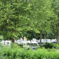 Hotel Pictures: Camping Val de Boutonne, Saint-Jean-d'Angély