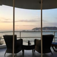 Hotel Pictures: House of Gates, Puerto López