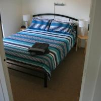 Hotel Pictures: Unit1, Graydon Lodge, Kingscote