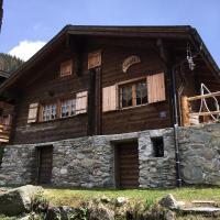 Hotel Pictures: Ferienhaus Baerghuesi, Naters
