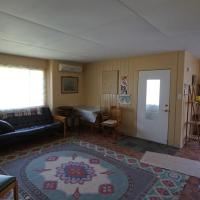 Unique 1950's Retro-style House - 10 mins from Niagara Falls
