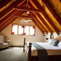 Three-Bedroom House - The Racquet Club