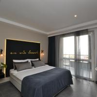 King Room with Sea View - Annex