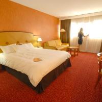 Hotel Pictures: Mercure Ile de Nantes, Nantes