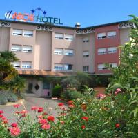 Hotel Pictures: Hotel Abor, Saint-Pierre-du-Mont