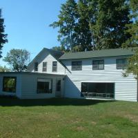 Hotel Pictures: Limerick Lake Lodge and Marina, Gilmour