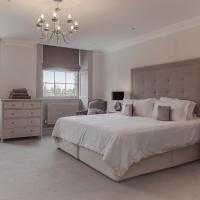Four-Bedroom Apartment - Great Stuart Street
