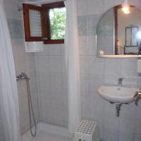 Triple Room with Bathroom
