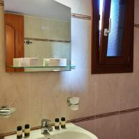 Villa Thirassia with Sea View and Private Outdoor Hot tub