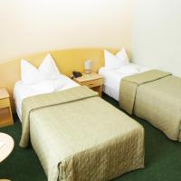 Twin Room 3*