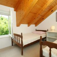 Two-Bedroom Holiday Home with Terrace