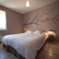 Three-Bedroom House Cerise