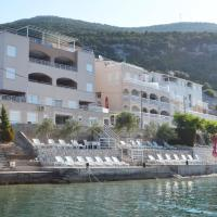 Apartments Domane Nenad