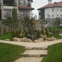 Hotel Pictures: Apartment in Thracian Cliffs Resort, Topola