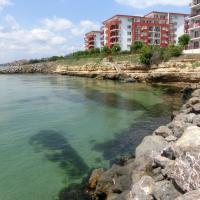 Hotelbilleder: Penthouse Apartment in Marina View Fort Beach, Sveti Vlas