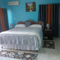 Zdjęcia hotelu: Pinnacle View Estate Micaila Villa, Montego Bay
