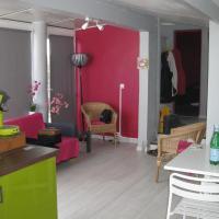 Hotel Pictures: Maison de Vacances proche de la plage, Saint-Palais-sur-Mer
