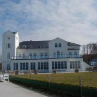 Hotel Pictures: Haus Bischofsstab - Turmwohnung am Meer, Steffenshagen