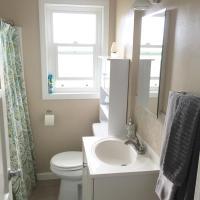 One-Bedroom Apartment 1410 2nd Floor