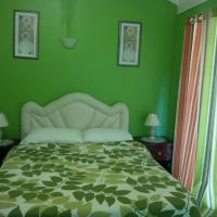 Zdjęcia hotelu: Pinnacle View Estate Colors Hideaway #1 & 2, Montego Bay