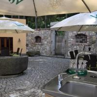Hotel Pictures: Zamecka Fortovna / Forester House, Kaznějov