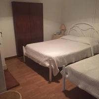 Triple Room with Shared Bathroom and Interior View
