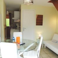 Two-Bedroom Holiday Home (1-4 Adults)