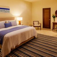 Deluxe King Suite with Terrace and Jacuzi and Sea View