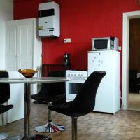 Hotel Pictures: Appartements Meublés Et Équipés, Le Teil