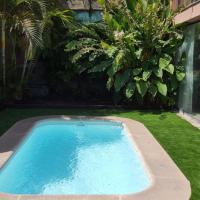 Hotel Pictures: Villas Los Lagos, Salobre