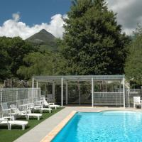Hotel Pictures: La Grange du Devezou, Saint-Jacques-des-Blats