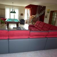 Hotel Pictures: Maison d'à Coté, Givarlais
