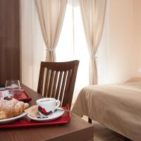 Double Room with Private Bathroom - Separate Building