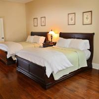 Standard Cottage Room with Two Queen Beds