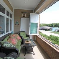 The Lakefront Condo - 202