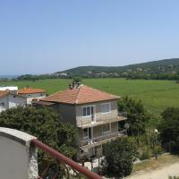 Hotel Pictures: Velikovi Guest House, Shkorpilovtsi