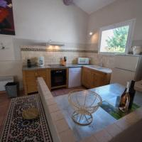 Four-Bedroom House Lavande