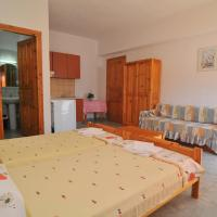 Studio (2 Adults + 2 Children) Upper or Ground Floor-