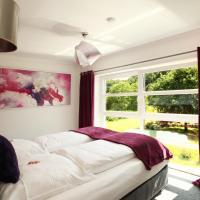 Hotel Pictures: Kunst Pension Frahm, Basthorst